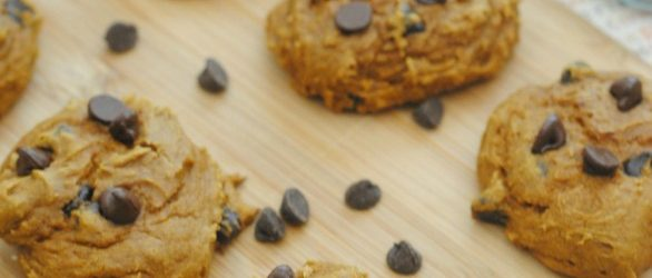 3-ingredient-pumpkin-cookies3