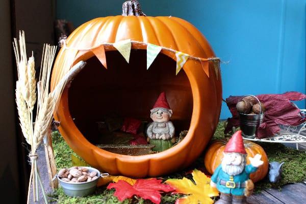 fall-fairy-garden-in-a-pumpkin-side